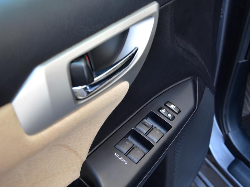 Lexus CT 200h ajtó