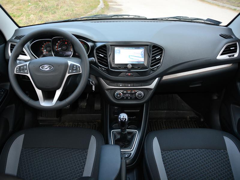Lada Vesta belső