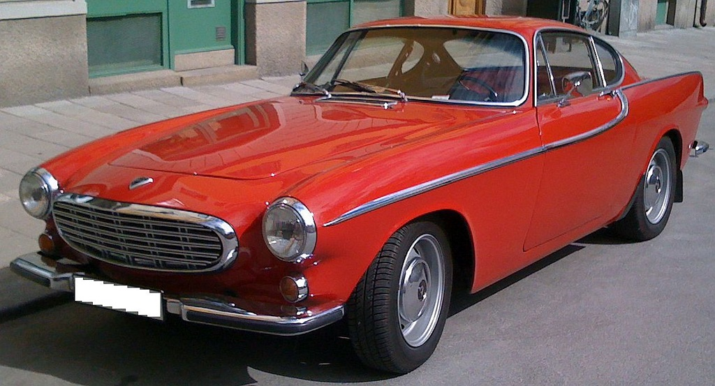 10-Most-Famous-Cars-in-The-World-Volvo-P1800