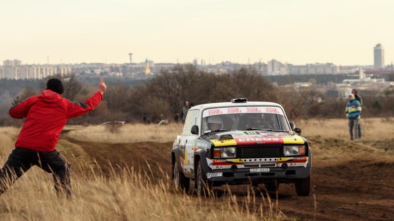 Mikulás Rallye lada