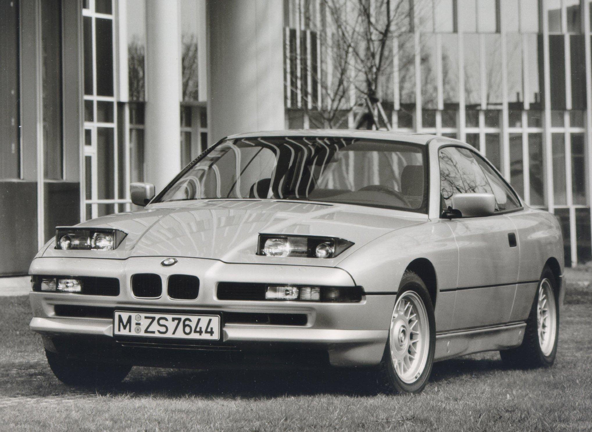 1990_BMW_850i_02