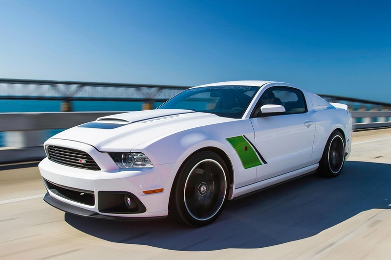 2014_ford_mustang_gt500_white