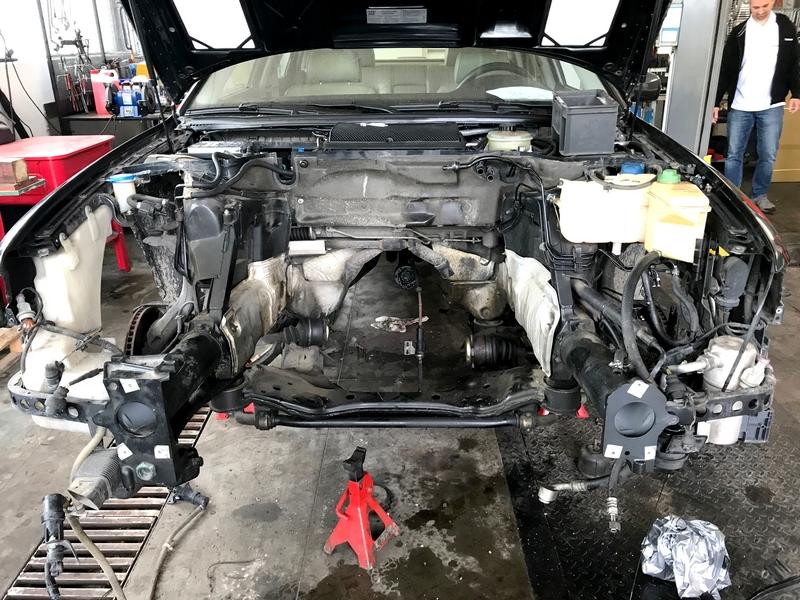 Audi A8 motortér