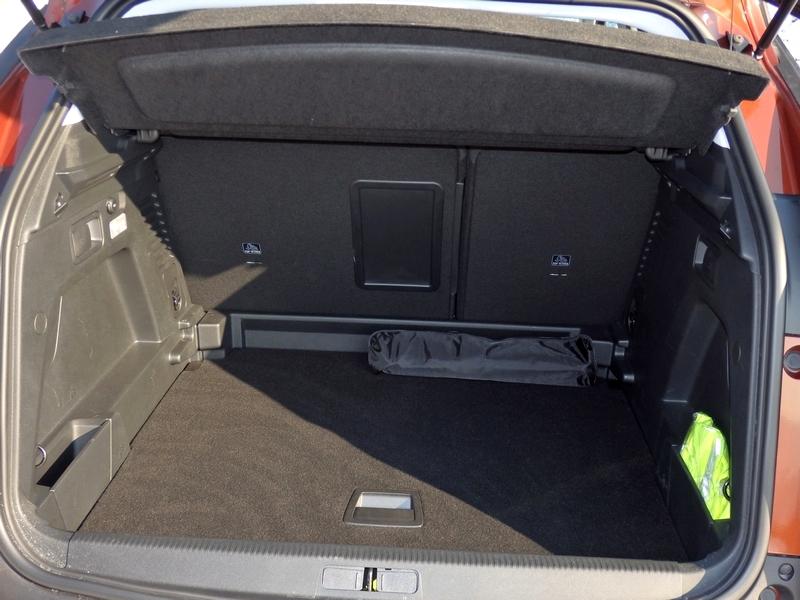 Peugeot 3008 csomagtartó