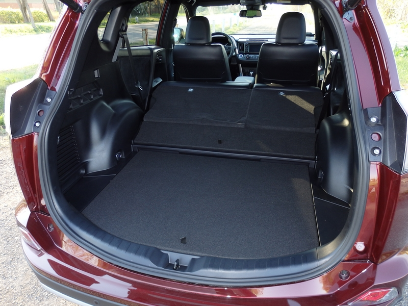 Toyota RAV4 Hybrid csomagtartó