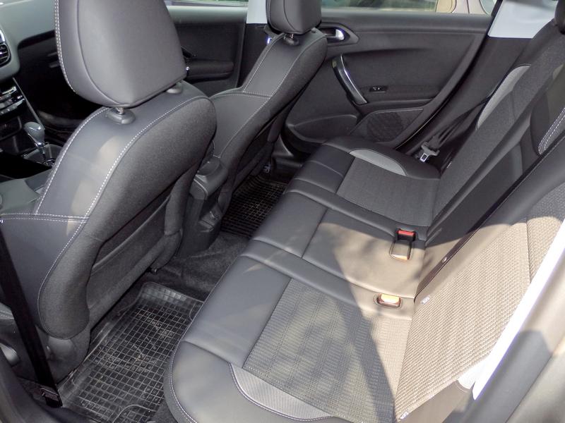 Peugeot 2008 belső