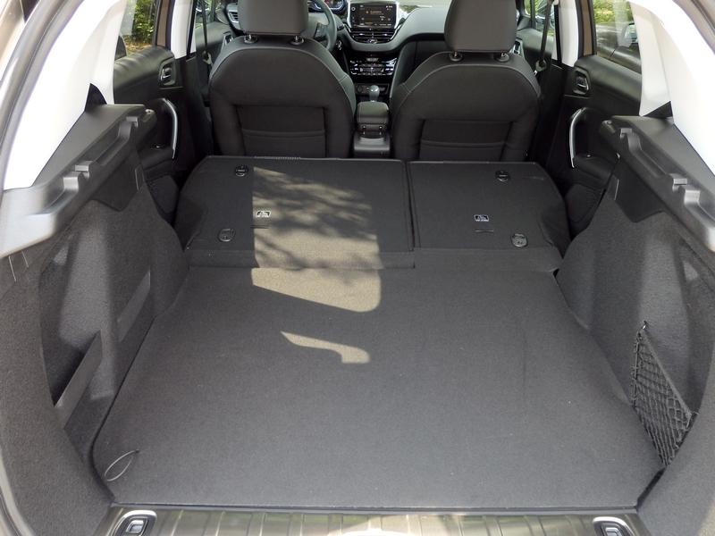 Peugeot 2008 csomagtartó