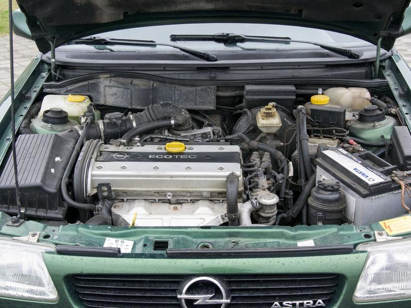 opel Astra F motor