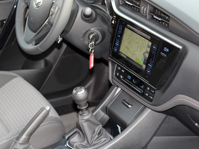 Toyota Auris belső