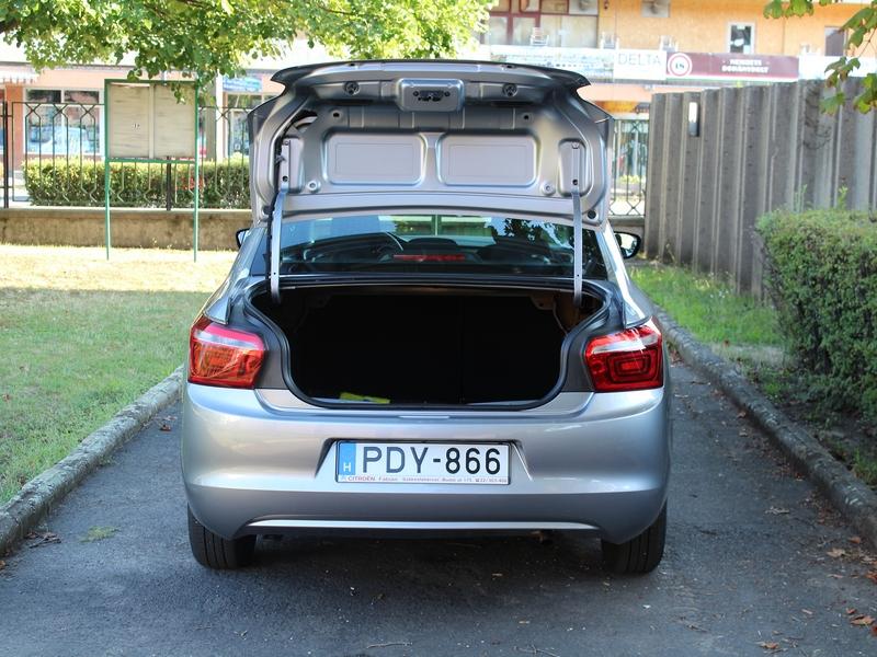 Citroën C-Elysée csomagtér