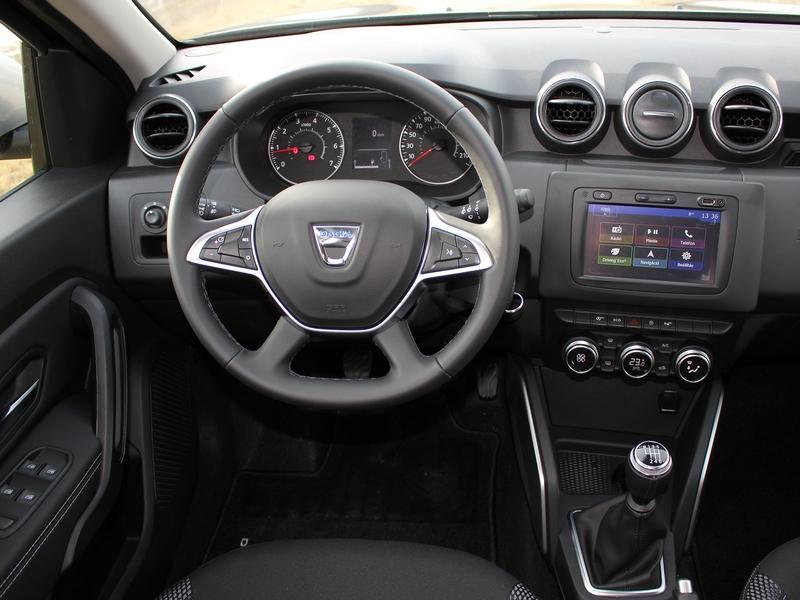 Dacia Duster belső