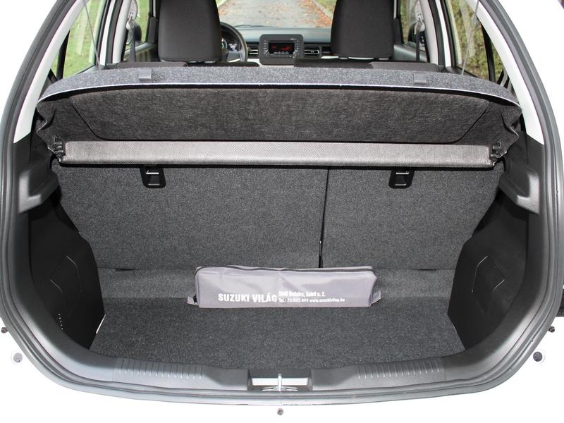 Suzuki Ignis csomagtartó