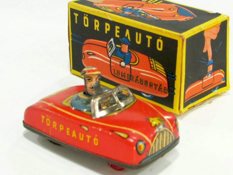 68c90d5fb978 Bizony régen voltak azok az idők, amikor a Matchboxok még nem az  áruházláncok polcain roskadoztak, hanem csak nagyon különleges alkalmakkor  lehetett ...