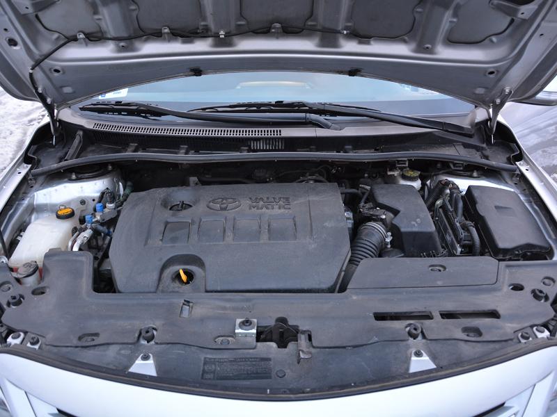 Toyota Corolla motor