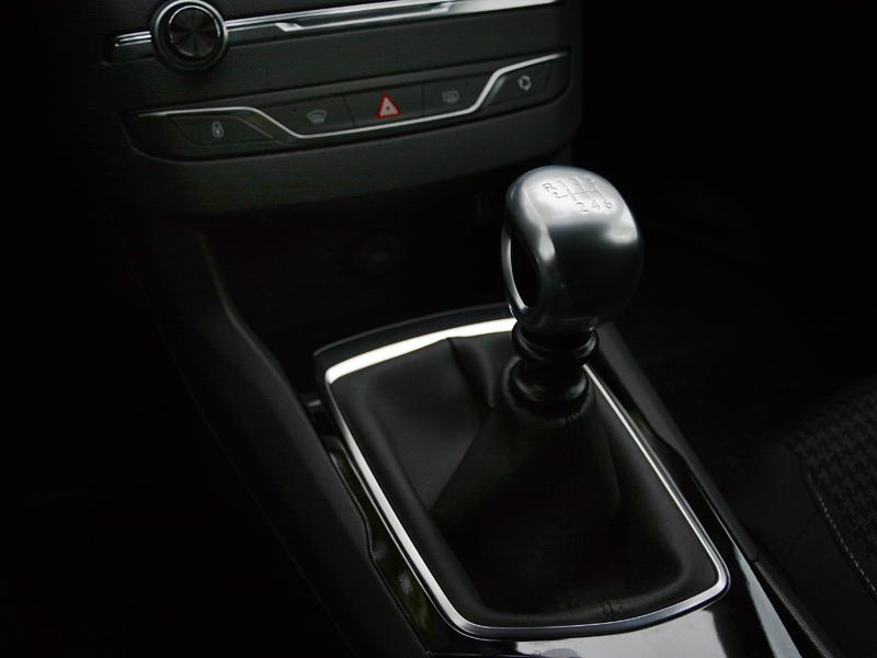 Peugeot 308 sebváltó