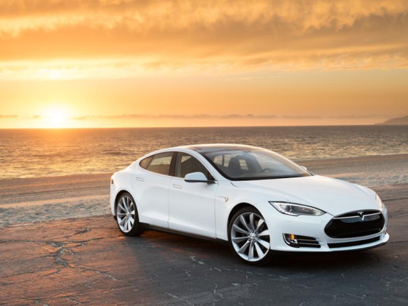 Photo of Elégedettek a Model S-el a vevők