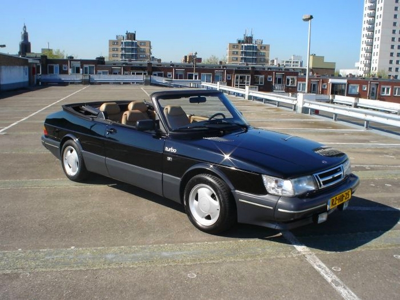 Photo of Saab 900 Classic Convertible