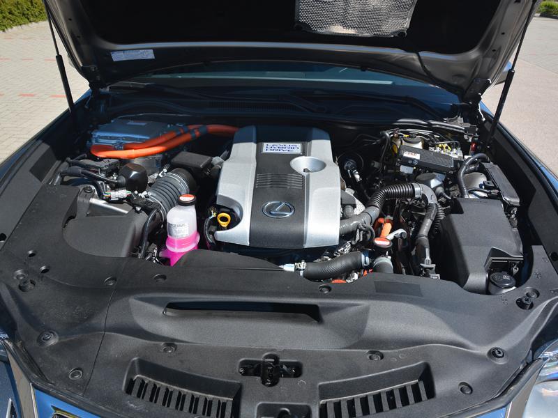 Lexus RC300h motor