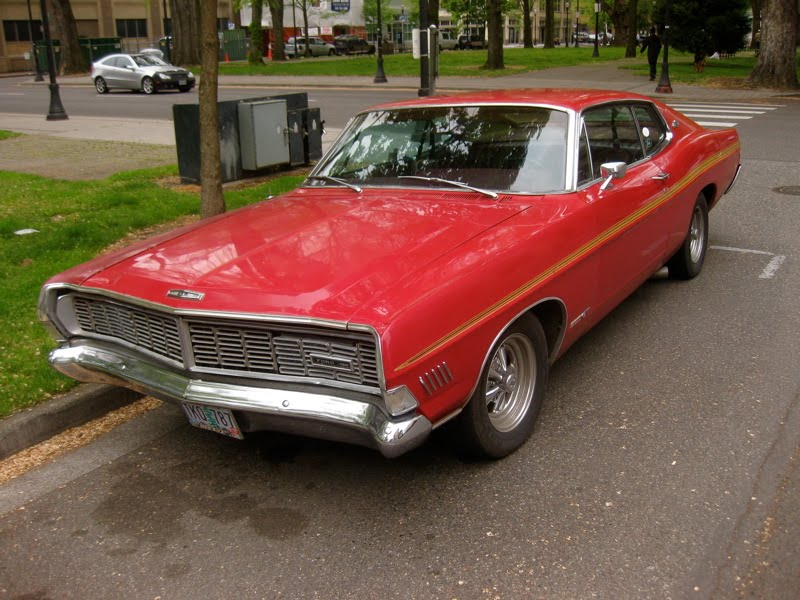 Photo of Ford Galaxie 500