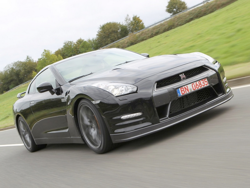 Photo of Nissan GT-R Black Edition