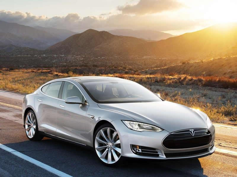2013-Tesla-Model-S-3