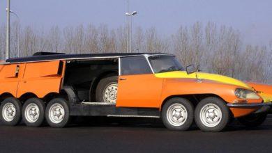 """Photo of A """"százlábú"""" Citroën DS"""