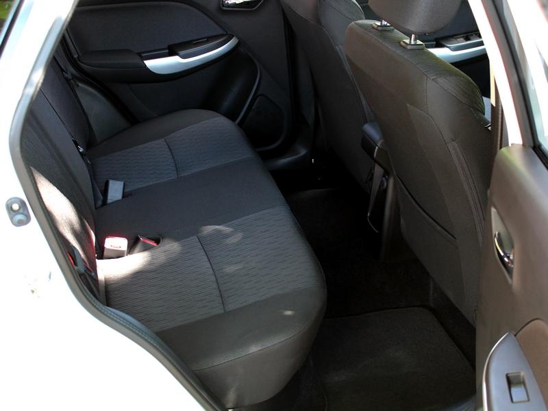 Suzuki Baleno belső