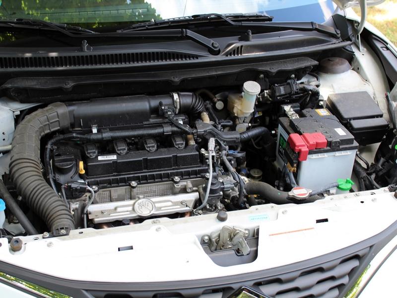 Suzuki Baleno motor