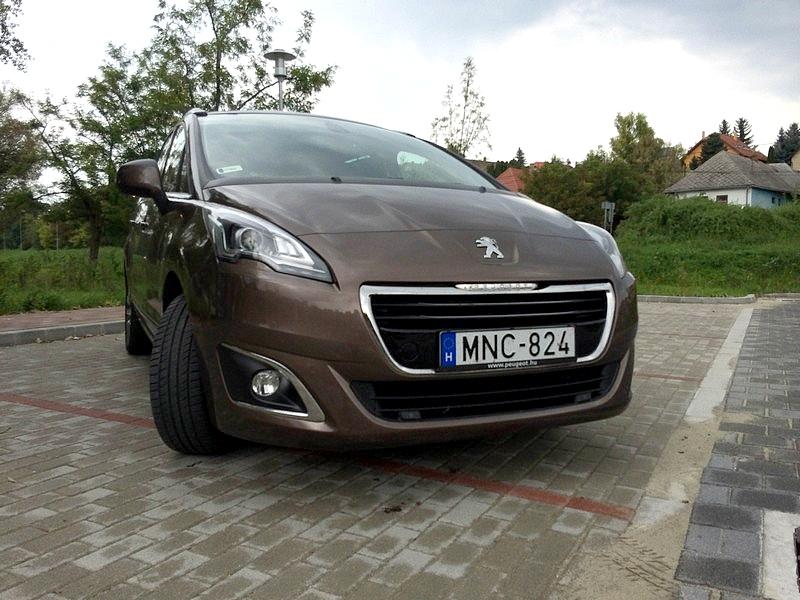 Photo of Szép, okos, praktikus – Peugeot 5008 teszt