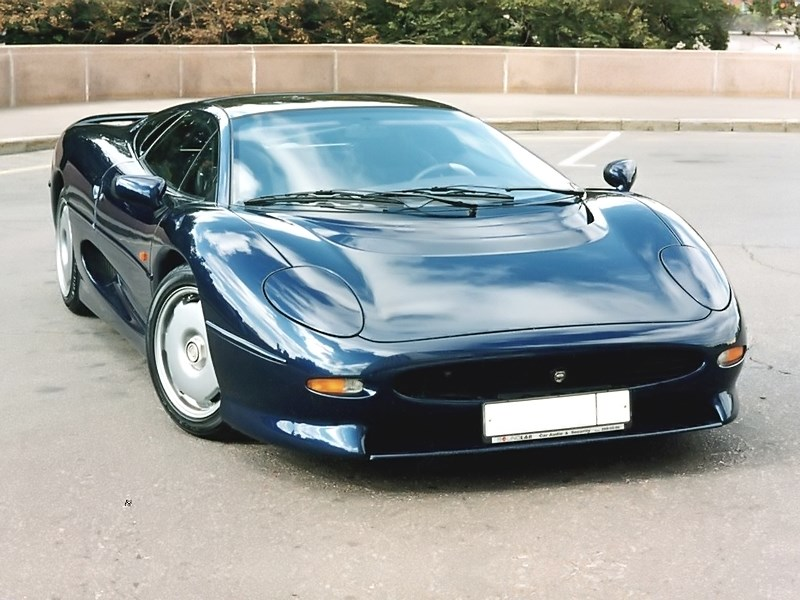 Photo of Jaguar XJ220 – hardcore gumiégetés