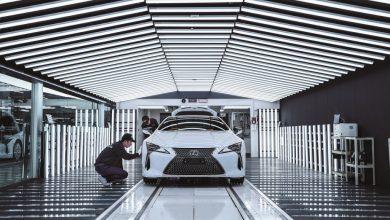 Photo of Így születik egy luxusautó – a Motomachi üzem mindennapjai