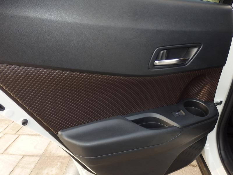Toyota C-HR ajtó