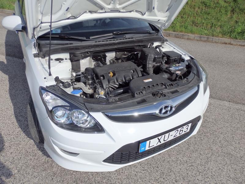 Hyundai i30u motor