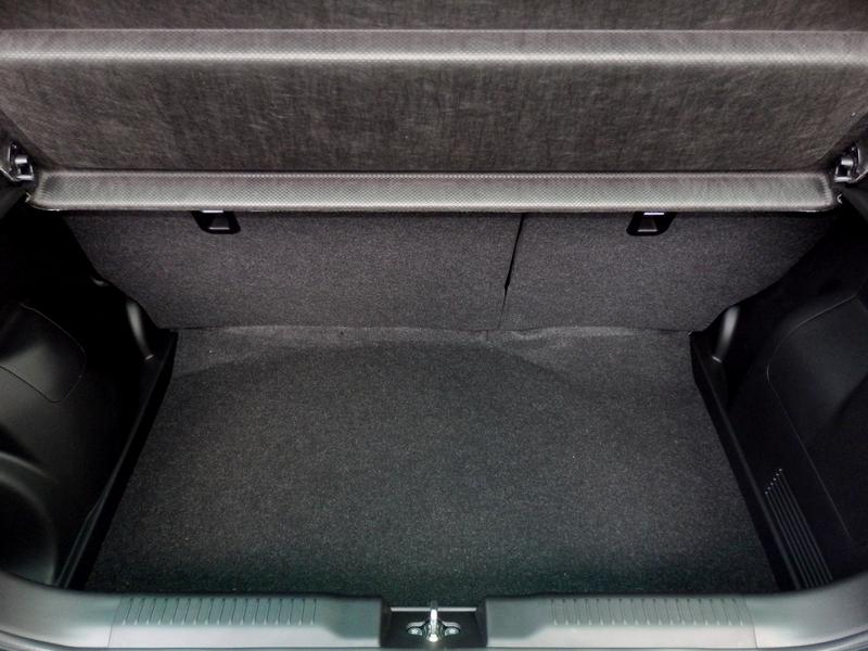 Suzuki Swift csomagtartó