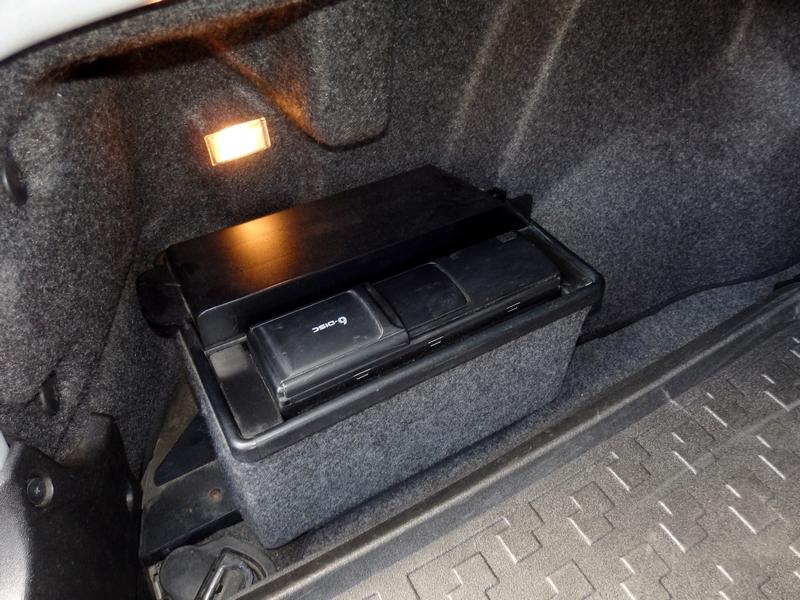 Audi A4 Quattro csomagtartó