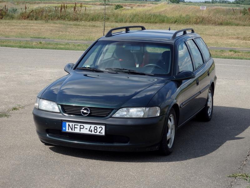 Oryginał Opel Vectra B Caravan teszt – családi mindenes - Tesztelok.hu KW73