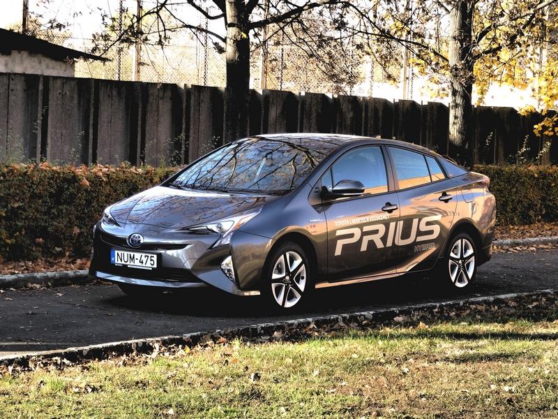 Photo of Toyota Prius teszt – takarékos űrhajó