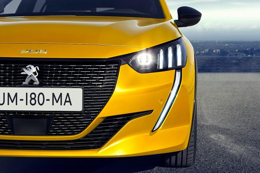 Peugeot_208_front