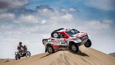 Photo of Akio Toyoda személyesen méltatta a Dakar-győzteseket