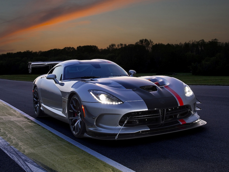 Photo of Dodge Viper ACR – a pálya ördöge