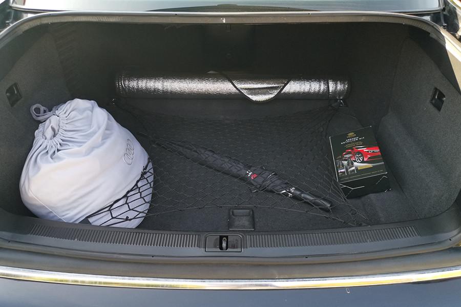 Az Audi S8 csomagtere
