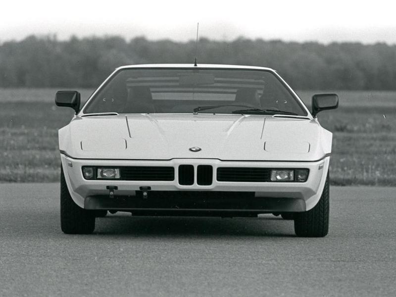 Photo of BMW M1 – versenypályára született