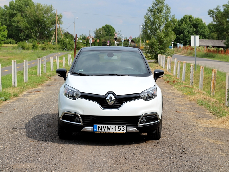 Photo of Renault Captur 1.2 TCe teszt – kellemes társaság