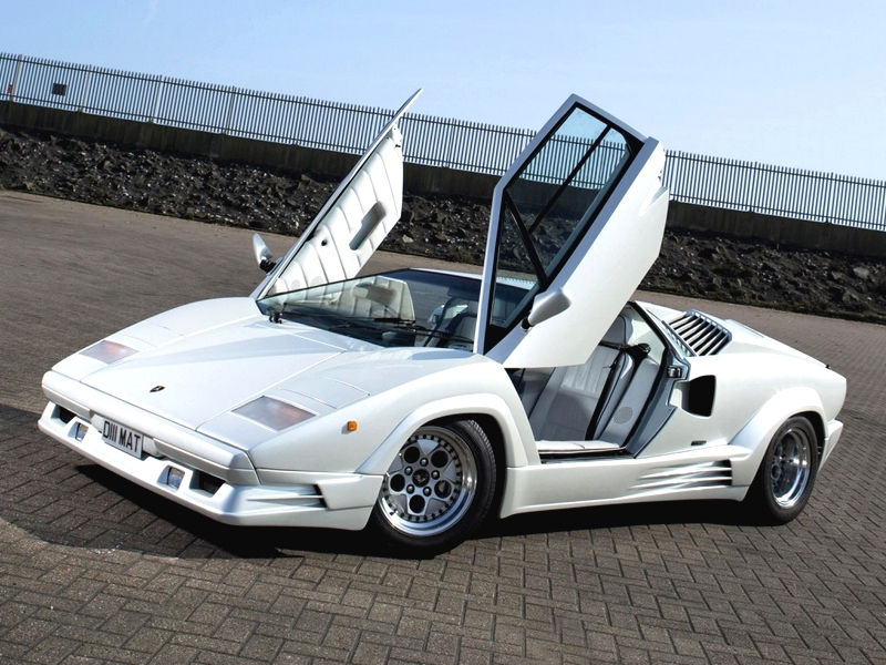 Photo of Lamborghini Countach