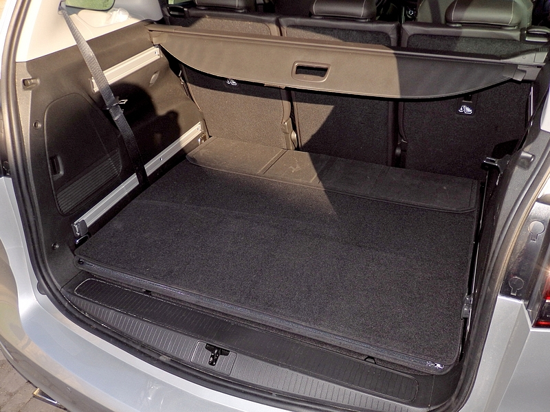Opel Zafira férőhely