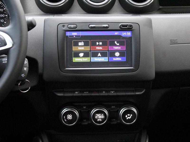 Dacia Duster műszerfal