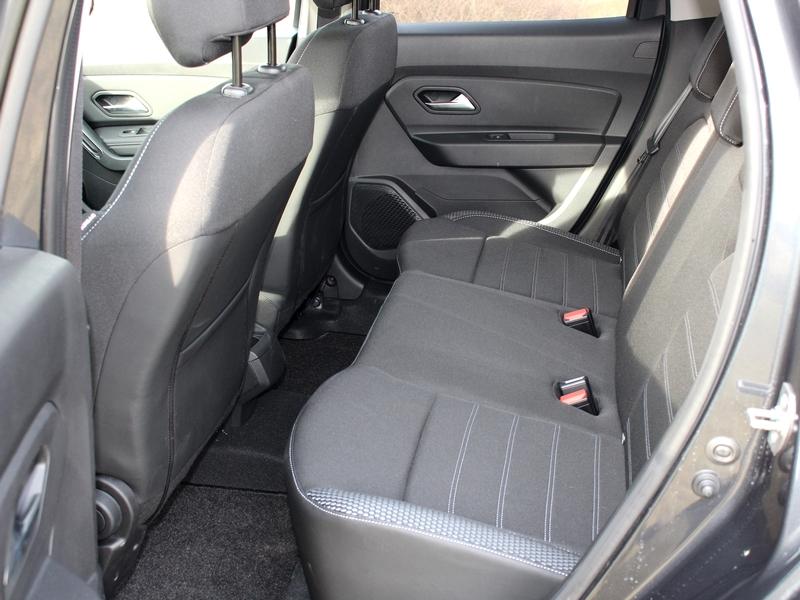 Dacia Duster ülés