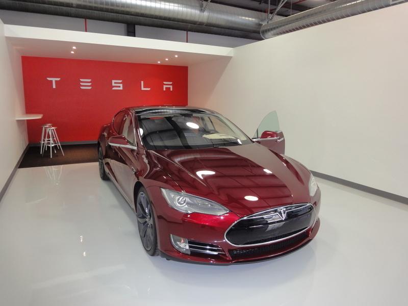 Photo of Tesla Model S – csendes luxus