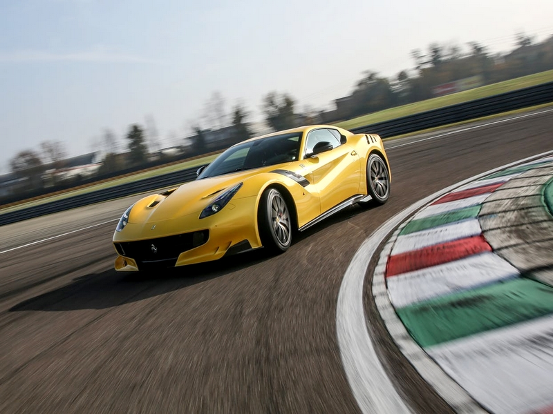 Photo of Ferrari F12 tdf – hangorgia