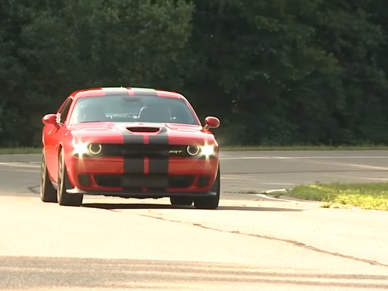 Photo of Dodge Challenger SRT Hellcat